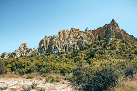 Watch the otherworldly Clay Cliffs in Omarama