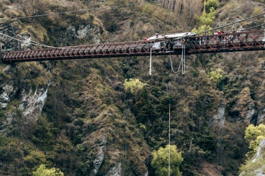 Bungy jump at the world's first bungy jump location