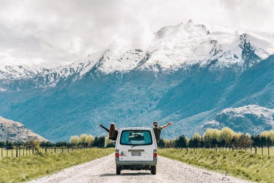 Drive the beautiful road to Mount Aspiring